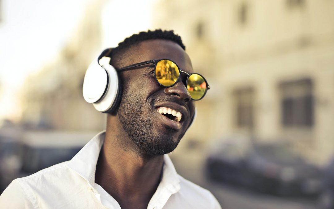 Verspiegelte Gläser – der anhaltende Sonnenbrillentrend